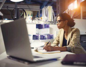 Como inovar na gestão de ponto do seu cliente
